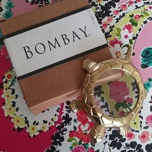 Bombay Turtle Magnifying glass brass